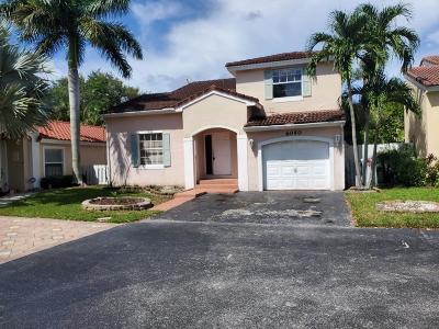 Coconut Creek FL Single Family Home For Sale: $246,900