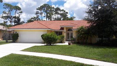 Boca Raton Single Family Home For Sale: 9549 Carousel Circle E