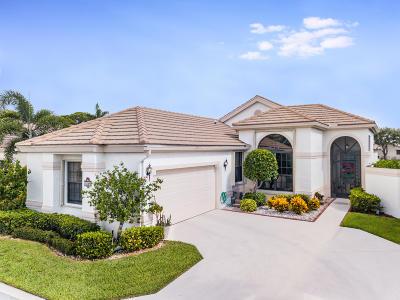 Boynton Beach Single Family Home For Sale: 10165 Lexington Lakes Boulevard