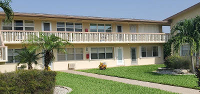 West Palm Beach Condo For Sale: 87 Bedford D