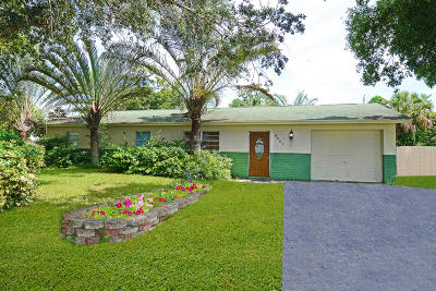 West Palm Beach Single Family Home For Sale: 5807 Orange Road