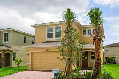 Port Saint Lucie Single Family Home For Sale: 1987 NW Cataluna Circle