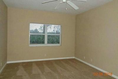 Saint Lucie West Condo For Sale: 8278 Mulligan Circle #2511