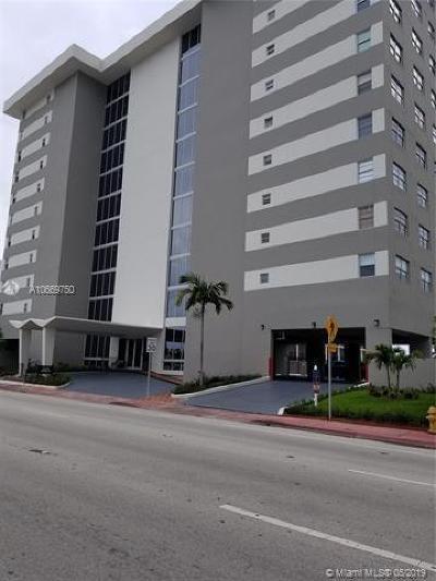 Miami-Dade County Condo For Sale: 9273 Collins Avenue #908