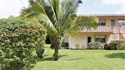 West Palm Beach Condo For Sale: 73 Waltham D