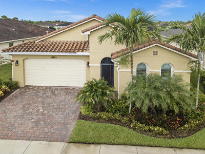 Port Saint Lucie Single Family Home For Sale: 11784 SW Mountain Ash Circle
