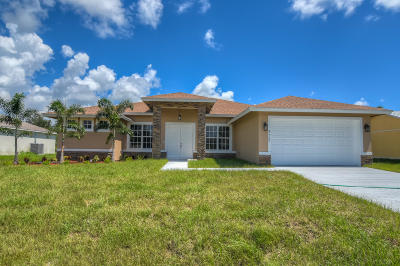 Port Saint Lucie Single Family Home For Sale: 525 SW Kabot Avenue