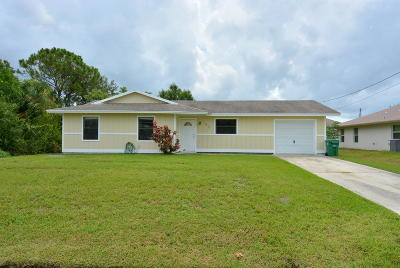 Port Saint Lucie Single Family Home For Sale: 2049 SW Sunglow Street
