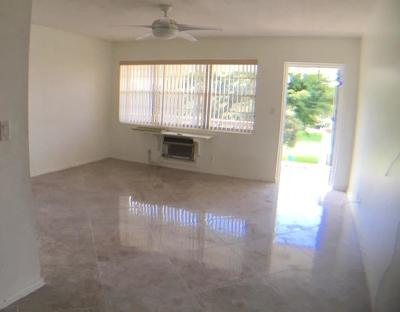 West Palm Beach Condo For Sale: 150 Bedford F