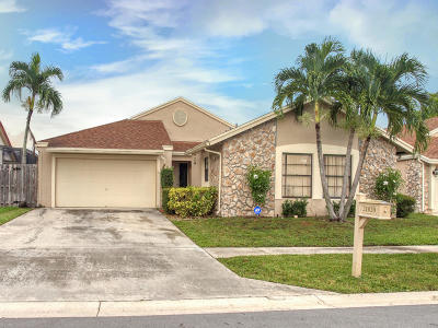 Boca Raton Single Family Home For Sale: 21020 Windemere Lane