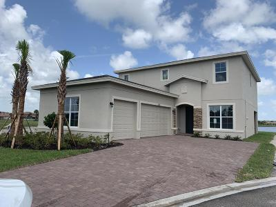 Port Saint Lucie Single Family Home For Sale: 1801 NW Vivanco Street