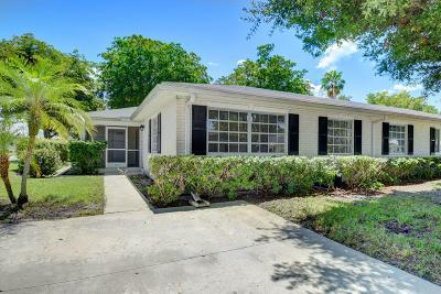 Boynton Beach Single Family Home For Sale: 10074 S 41st Terrace #220