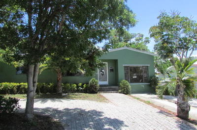 Broward County, Palm Beach County Single Family Home For Sale: 1709 12th Court