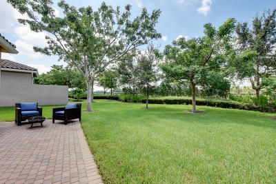 Boynton Beach Single Family Home For Sale: 11453 Mantova Bay Circle