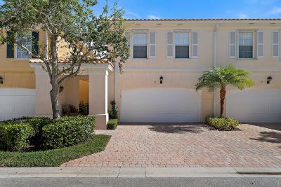Tequesta Townhouse Pending: 13 Tall Oaks Circle