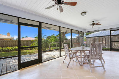 Tequesta Single Family Home For Sale: 56 Birch Place