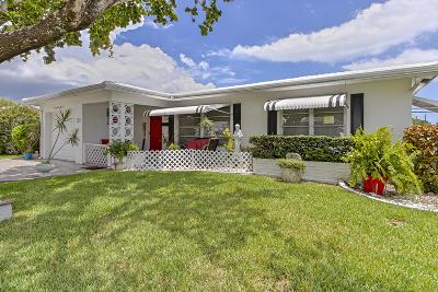 Pompano Beach Single Family Home For Sale: 2900 E Golf Boulevard