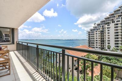 Miami-Dade County Condo For Sale: 540 Brickell Key Drive Drive #923