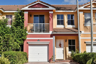 Royal Palm Beach Townhouse Contingent: 2216 Shoma Drive
