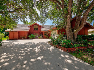 Jupiter Single Family Home For Sale: 123 Coco Lane
