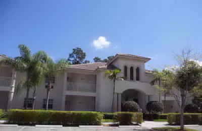 St Lucie County Condo For Sale: 8377 Mulligan Circle #4523