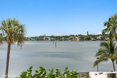 North Palm Beach Condo For Sale: 100 Lakeshore Drive #253