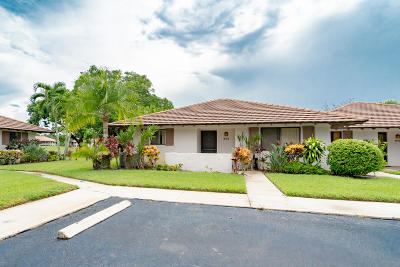 Palm Beach Gardens Single Family Home Contingent: 609 Club Drive