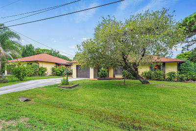 Fort Pierce Single Family Home For Sale: 6007 Hickory Drive
