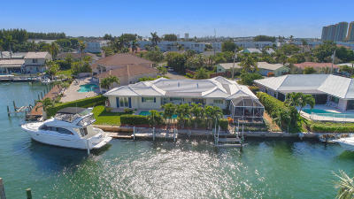 Singer Island Single Family Home For Sale: 1130 Powell Drive