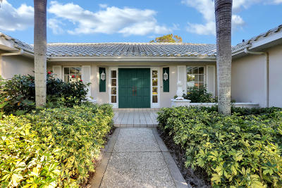 Martin County Single Family Home For Sale: 3581 SE Court Drive
