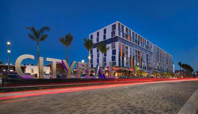Miami Rental For Rent: 3555 NW 83rd Avenue #E-501