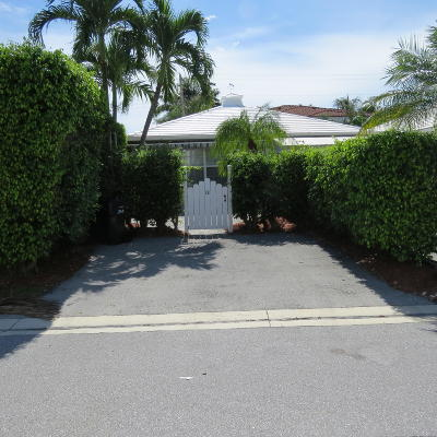 Delray Beach Single Family Home For Sale: 131 Macfarlane Drive