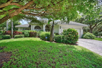 Jupiter Single Family Home For Sale: 200 Seagull Point