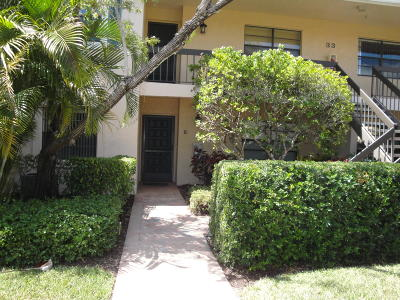 Boynton Beach Condo For Sale: 33 Southport Lane #33e