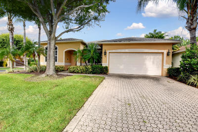 Boynton Beach Single Family Home For Sale: 72 Lake Eden Drive