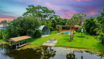 Lake Worth Single Family Home For Sale: 6065 Pine Drive