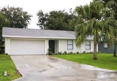 Stuart Single Family Home For Sale: 5639 SE Indigo Avenue