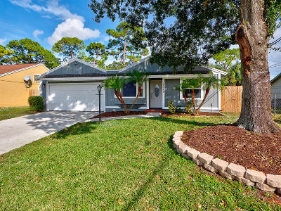 Jupiter Single Family Home For Sale: 14060 Marrian Avenue