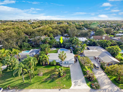 Palm Beach Gardens Single Family Home For Sale: 2420 Holly Lane