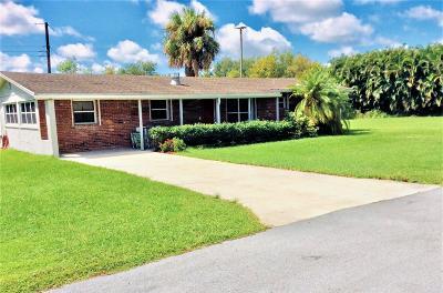 Stuart Single Family Home For Sale: 2068 NW Azalea Street