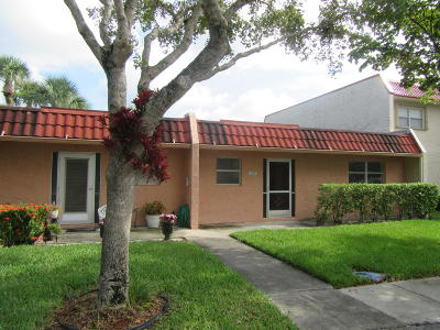 West Palm Beach Single Family Home For Sale: 137 Lake Evelyn Drive