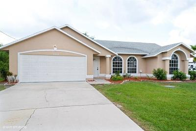 Port Saint Lucie Single Family Home For Sale: 2714 SE South Blackwell Drive