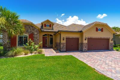 Palm City Single Family Home For Sale: 1051 SW Cherry Blossom Lane
