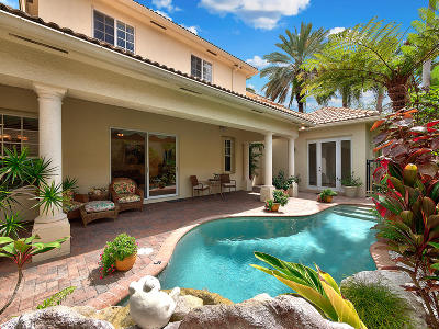 North Palm Beach Single Family Home For Sale: 715 Lyford Cay Drive