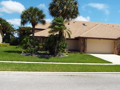 Boynton Beach Single Family Home For Sale: 7243 Le Chalet Boulevard