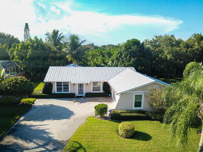Hobe Sound Single Family Home For Sale: 8761 SE Sandcastle Circle
