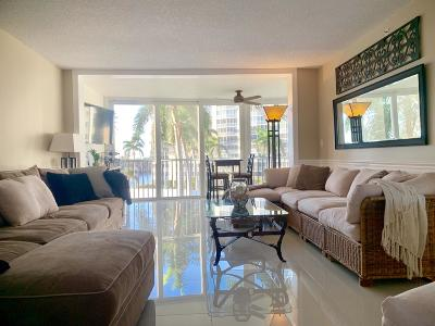 Highland Beach Condo For Sale: 3300 S Ocean Boulevard #421c