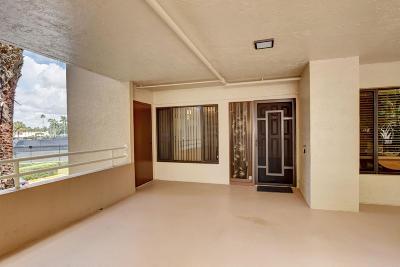 Delray Beach Condo For Sale: 16032 Lomond Hills Trail #123