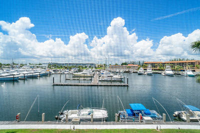 North Palm Beach Condo For Sale: 29 Yacht Club Drive #303