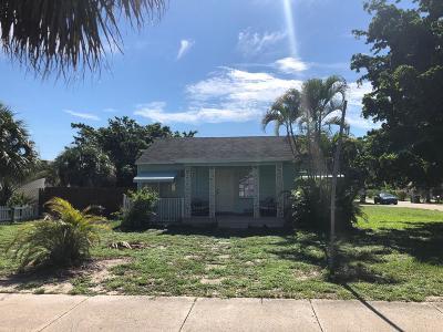 Delray Beach Single Family Home For Sale: 245 S Swinton Avenue